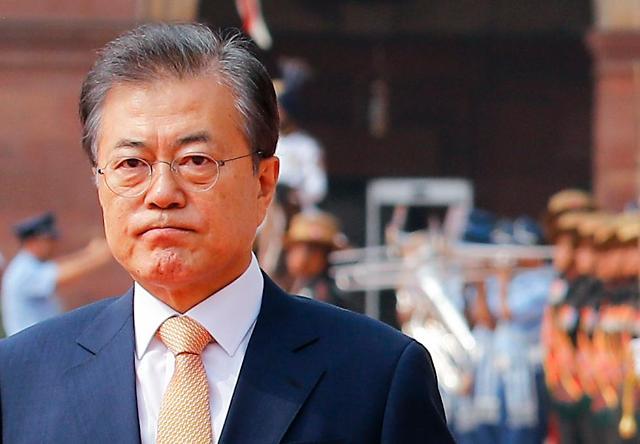 文在寅接受新媒采访:驻韩美军非朝美谈判议题