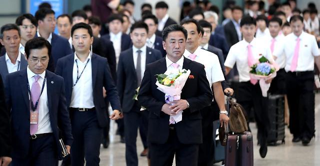 朝鲜乒乓球运动员抵韩 将与韩国组成联队参加国际乒联韩国公开赛