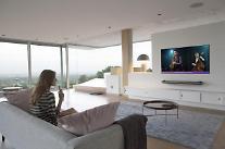 """LG OLED TV、米国・欧州で好評….""""今年最高のTV"""""""