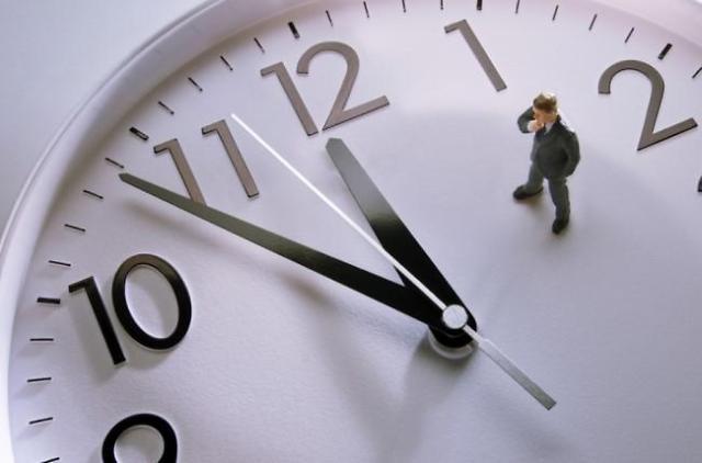 警惕!劳动时间缩短可能减少韩国33.6万个工作岗位