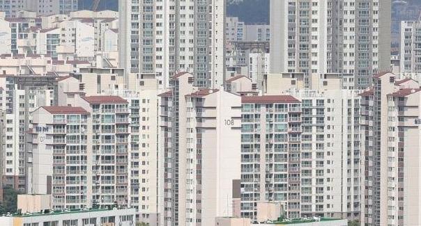 6월 서울 주택거래량 전년동기 대비 56%↓
