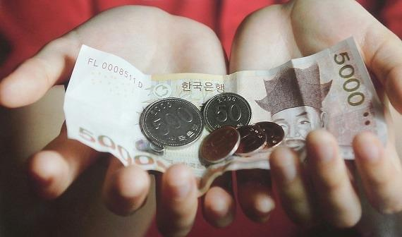 利息、最低工资同时上涨 韩个体户不良贷款恐增加