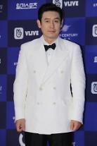 俳優ソル・ギョング、ピョン・ソンヒョン監督の新作「キングメーカー:選挙選の狐」主演確定