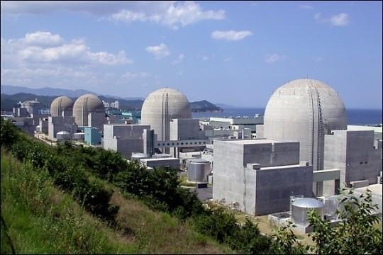 """""""去核电""""还是继续用核电 盛夏令韩国政府很""""尴尬"""""""