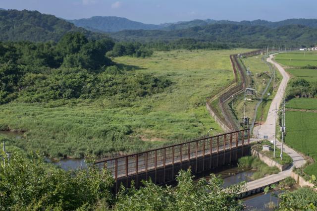 韩国防部:考虑撤除DMZ内瞭望哨兵力及装备