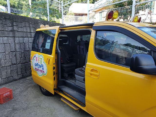 儿童车内窒息事故频发 韩幼儿园校车将全部安装安全监测装置