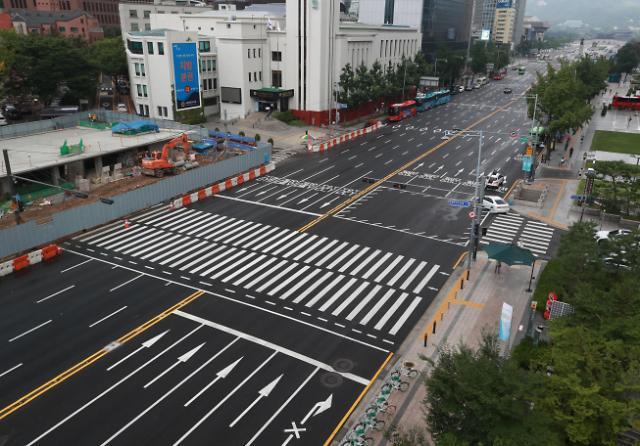 暑假高峰期首尔上演空城计
