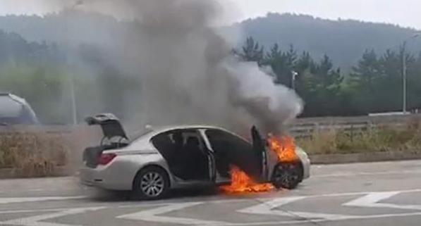 불타는 BMW 경찰 수사 본격 돌입…핵심 쟁점은