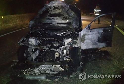 又一非召回对象宝马车在韩起火