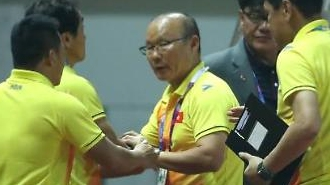 박항서의 베트남, 아시안게임 16강 확정…현지 반응은?