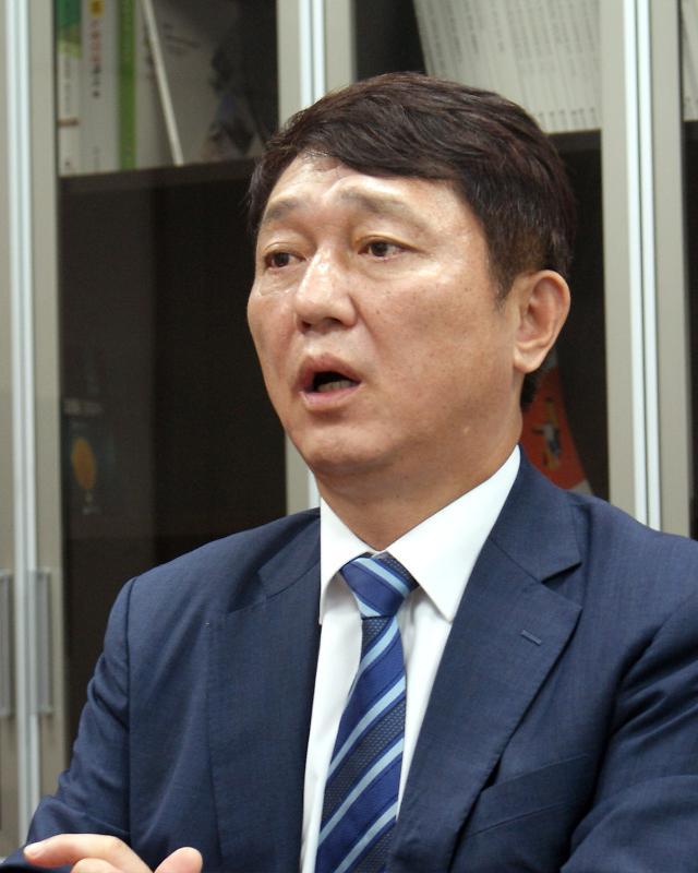 """[인터뷰] 최재성 """"전당대회 특정 후보 공개지지, 신중하게 고민 중"""""""