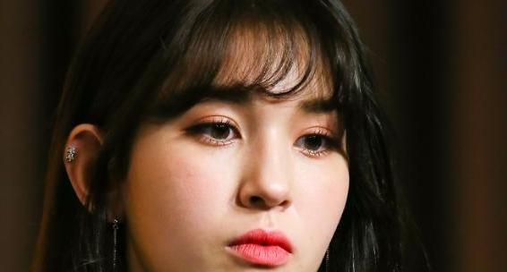 전소미, 소속사 JYP 떠난다…상의하에 전속계약 해지 이유는?