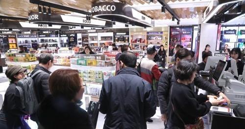 中国代购助推韩国免税店业绩 7月销售额同比增37%