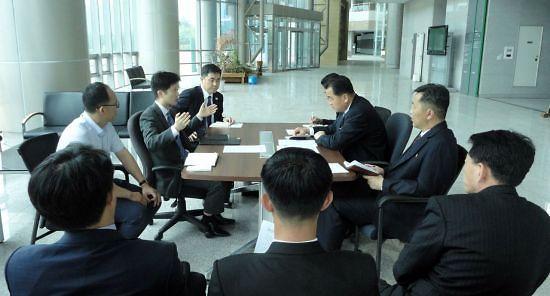 韩政府将继续就开设韩朝联络办公室与美国协商