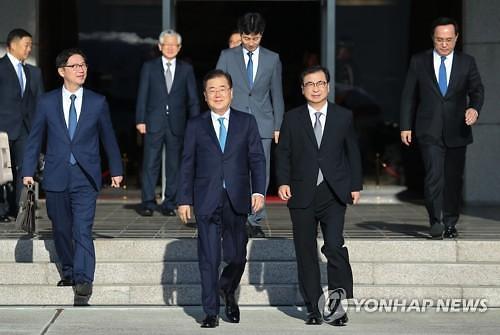 韩国总统特使团正与朝方会谈