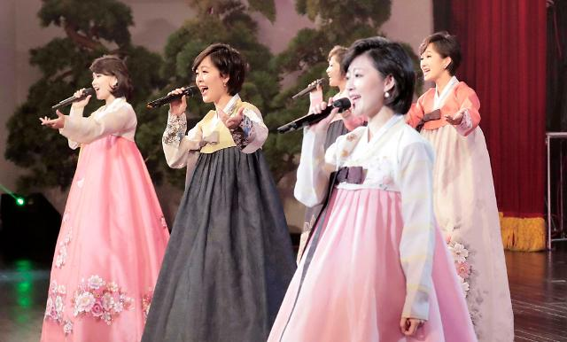 [AJU VIDEO] 朝鲜三池渊乐团公演现场