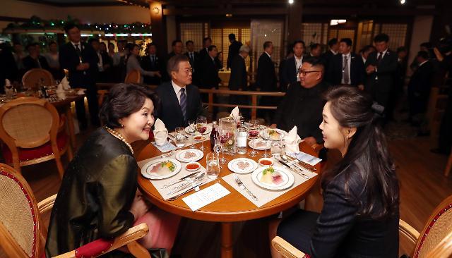 [영상/평양 남북정상회담] 저녁은 따로 먹자더니, 츤데레 정은 수산식당 깜짝 방문