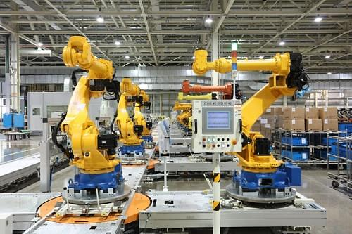 Hyundai Heavy's holding company forges joint venture deal with Chinese robot producer