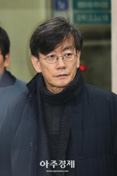 """손석희 경찰조사 19시간만에 종료…""""사실 곧 밝혀질 것"""""""