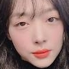 .Singer-actress Sulli to host TV talk show on online hate comment-reading.