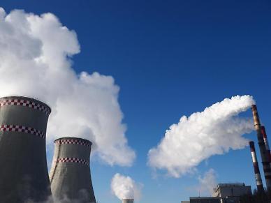 저탄소 전략 연착륙 없인 반도체.철강 등 산업 일자리 130만개 사라진다