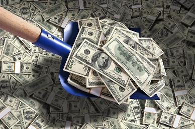 달러 연내 유로대비 36% 하락?…계속 미끄러지는 달러