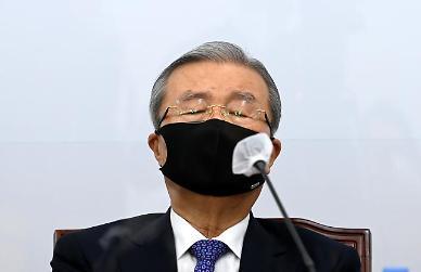 """김종인 """"피의자 편지에 秋-尹 상상 못할 논쟁…특검해야"""""""