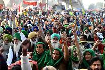 인도 농민들 모디 몰아내나…한달 간 이어진 시위에 불안 ↑
