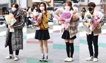 [슬라이드 화보] 오늘부터 우리도 어른! 서울공연예술고등학교 졸업식 현장
