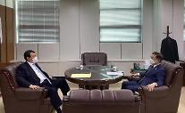 [포토] 검찰 인사 의견 나누는 박범계 법무장관과 윤석열 검찰총장