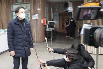 """금태섭 """"'이성윤 지키기' 박범계 뜻이냐, 대통령 뜻이냐"""""""