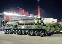 北 25일 신형전술유도탄 2기 시험발사...성공적