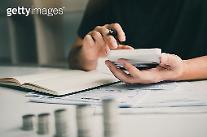 고신용자 카드론 사용 늘어…대출 규제 영향