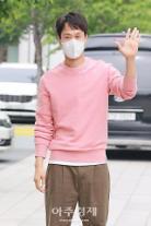 [포토] 정우, 핑크도 완벽소화!