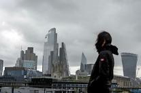 다국적 기업의 홍콩 엑소더스…아시아의 세계도시가 흔들린다