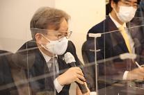 """권칠승 """"의료기기 산업 정부 지원할 것…세계시장 선도 가능"""""""