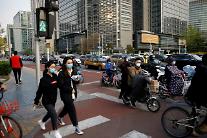 """불균형한 중국 경기 회복세에 고용도 불안 """"대졸자 일자리 부족"""""""