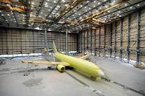 대한항공, 아시아나 임차 항공기 도색…국내 유일 페인트 격납고 갖춰