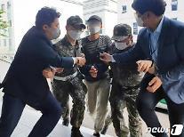 [뉴스분석] 국방부서 대낮 극단적 선택···수감자 관리도 실패한 軍