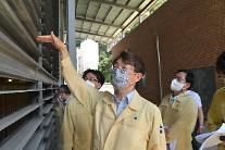 농식품부 차관 폭염으로 인한 가축 폐사 방지 위해 시설관리 필요
