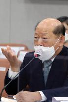 文, 송두환 인권위원장 임명…4일부터 시작