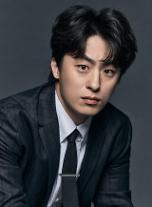 [인터뷰] D.P. 구교환 정해인과 공동체라 생각하고 연기했다