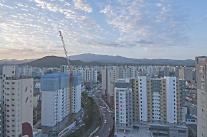 전국 아파트 거래 줄었지만 전매가능 비규제지역은 활기