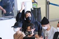 [포토] 방탄소년단 RM, 유엔 총회 마치고 돌아왔어요
