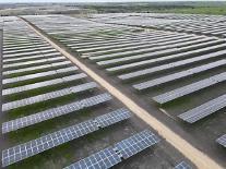 한화큐셀, 텍사스주에 168MW 태양광 발전소 준공…美 시장 선도