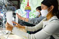 시민들이 만든 한지 등불, 서울 환하게 밝힌다