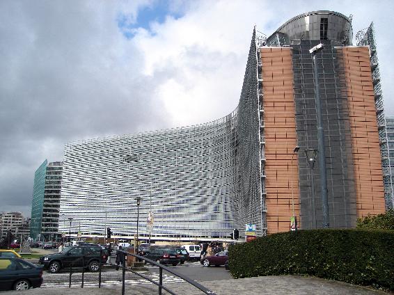 .[영문] EU adopts roadmap on maritime spatial planning.