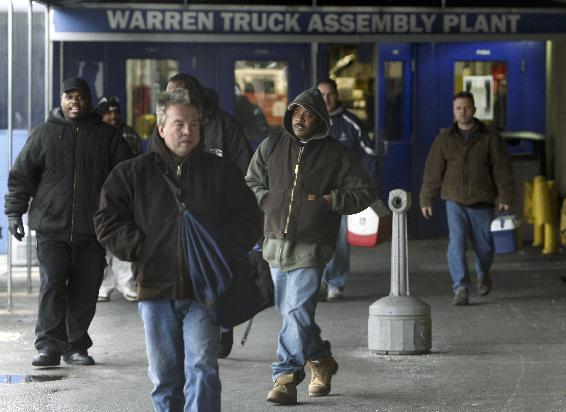 .[영문] Chrysler, Ford idle factories, GM delays new plant.