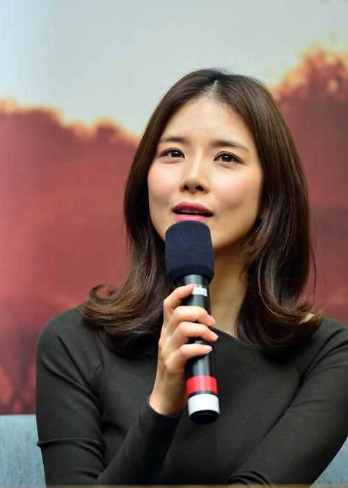"""희망로드 대장정 이보영 """"신혼여행 미룬 것 아냐"""""""