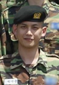 """박기웅, 고된 훈련에도 여전한 외모 """"훈훈해"""""""